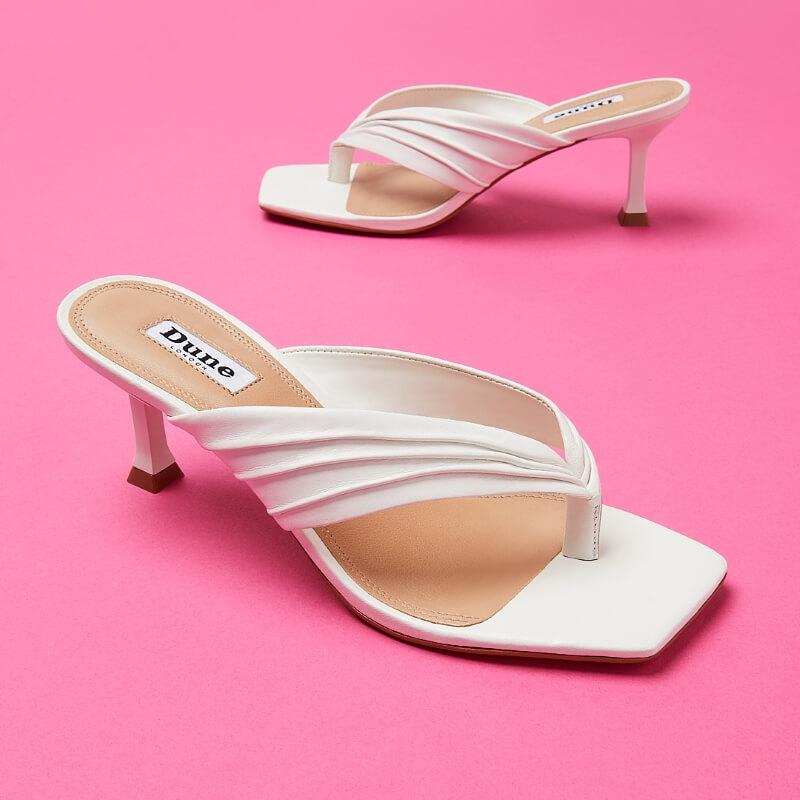 Mách nhỏ phái đẹp các loại giày nữ cần phải đầu tư ngay 2021 | Ảnh 5