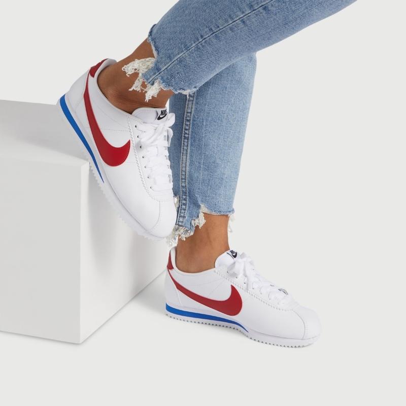 Nếu là một fan của giày Cortez, đừng quên bỏ túi những bí kíp phối đồ với giày Nike Cortez cực xinh tại ACFC nhé!